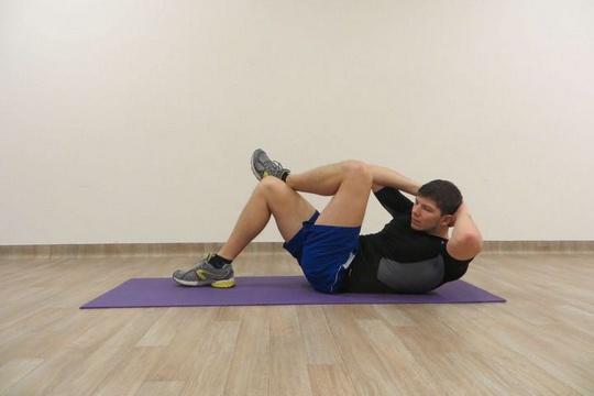 cwiczenia na plaski brzuch